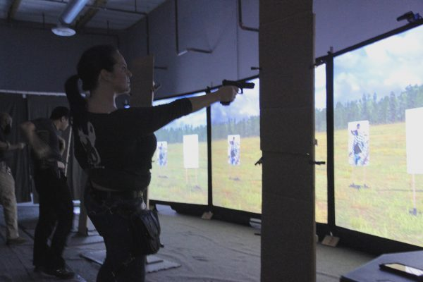 Single handed shooting from concealment at Artemis